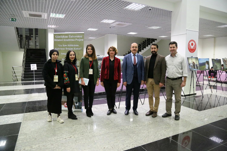 2. Uluslararası Sosyal Bilimler Kongresi Sergi İle Renklendi