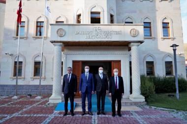 Rektör Türkmen'e Hayırlı Olsun Ziyareti