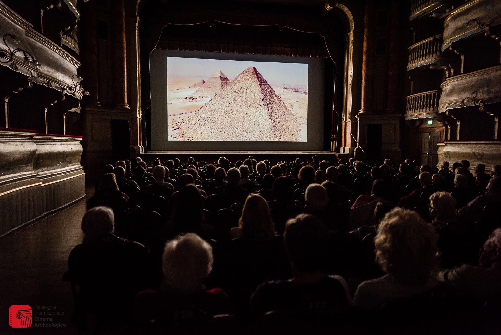 """""""Derik'te Kalanlar"""" isimli belgesel filmimiz İtalya'da finalde!"""