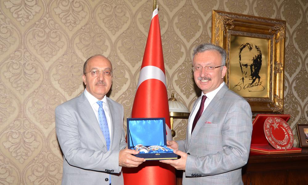 Rektörümüz Erzincan Üniversitesi Rektörü ile Buluştu