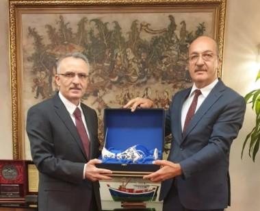 Rektörümüz, Naci Ağbal'ı Ziyaret Etti
